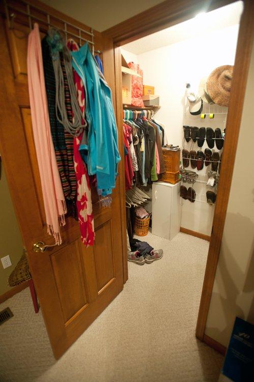 Closet-door